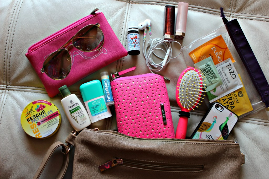 a0eb2c5ee8e68d What's In My Purse? - Charmed Valerie