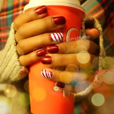 Candy Cane Nail Tutorial