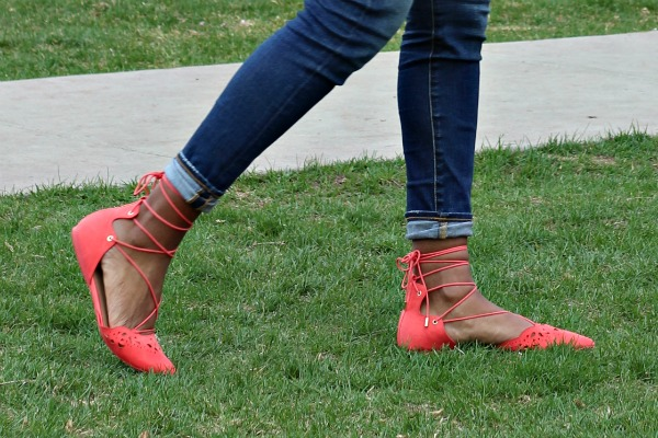 Spring Lace-up Flats Outfit